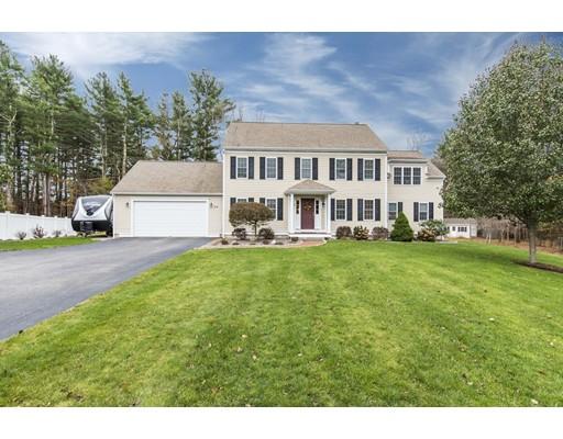 Casa Unifamiliar por un Alquiler en 26 Pratt Farm Place 26 Pratt Farm Place Pembroke, Massachusetts 02359 Estados Unidos