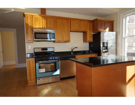 Additional photo for property listing at 16 Tudor Street  切尔西, 马萨诸塞州 02150 美国
