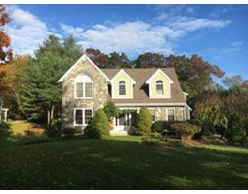 Casa Unifamiliar por un Venta en 7 Fairway Lane 7 Fairway Lane Pembroke, Massachusetts 02359 Estados Unidos