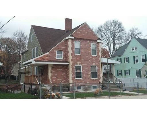 Maison avec plusieurs logements pour l Vente à 323 Fuller Street 323 Fuller Street Boston, Massachusetts 02124 États-Unis