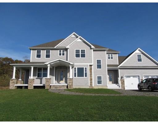Частный односемейный дом для того Продажа на 554 HART STREET 554 HART STREET Dighton, Массачусетс 02715 Соединенные Штаты