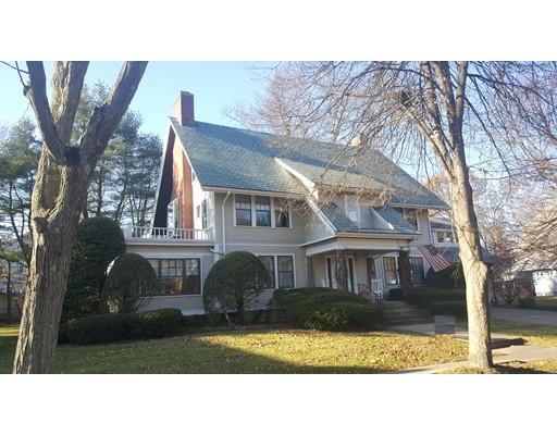 Casa Unifamiliar por un Venta en 69 Cleveland Street 69 Cleveland Street Holyoke, Massachusetts 01040 Estados Unidos