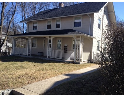 Single Family Home for Rent at 348 WASHINGTON STREET 348 WASHINGTON STREET Walpole, Massachusetts 02032 United States