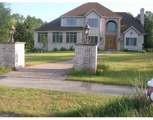 独户住宅 为 销售 在 19 Holt Street 19 Holt Street 什鲁斯伯里, 马萨诸塞州 01545 美国