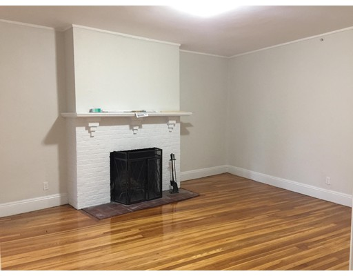 Additional photo for property listing at 1558 Massachusetts Avenue #43 1558 Massachusetts Avenue #43 Cambridge, Massachusetts 02138 États-Unis