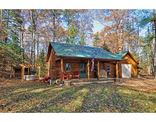 Single Family Home for Sale at 11 Beard Lane 11 Beard Lane Grafton, New Hampshire 03240 United States