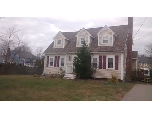 Single Family Home for Rent at 311 Highland Avenue 311 Highland Avenue Attleboro, Massachusetts 02703 United States