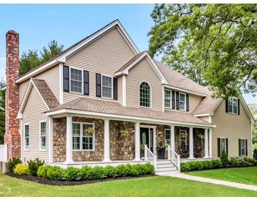Maison unifamiliale pour l Vente à 90 BULLARD Street 90 BULLARD Street Sharon, Massachusetts 02067 États-Unis