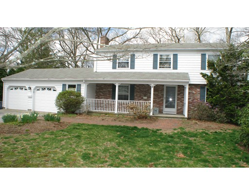 Additional photo for property listing at 3 Tanglewood Drive  Barrington, Rhode Island 02806 Estados Unidos