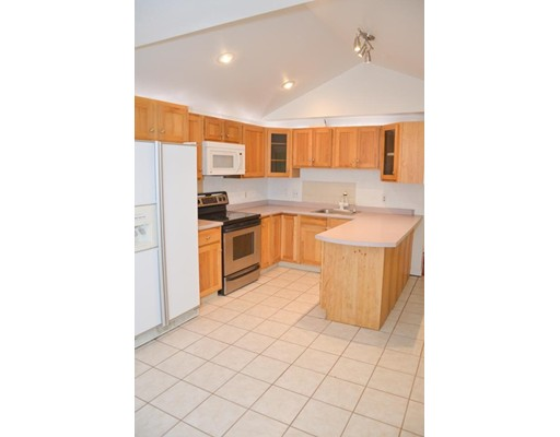 Single Family Home for Sale at 237 Grove Road 237 Grove Road Rye, New Hampshire 03870 United States