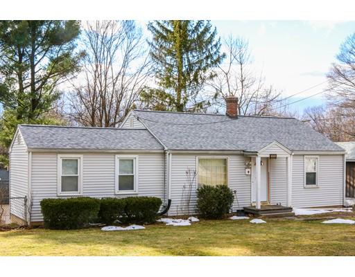 Casa Unifamiliar por un Alquiler en 111 Upper Beverly Hls West Springfield, Massachusetts 01089 Estados Unidos