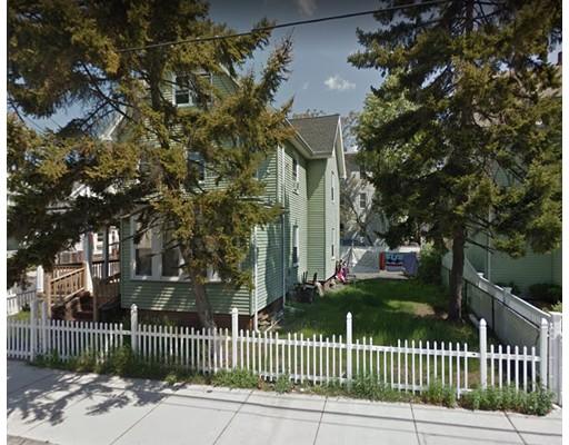 多户住宅 为 销售 在 84 Cottage Street 84 Cottage Street Everett, 马萨诸塞州 02149 美国
