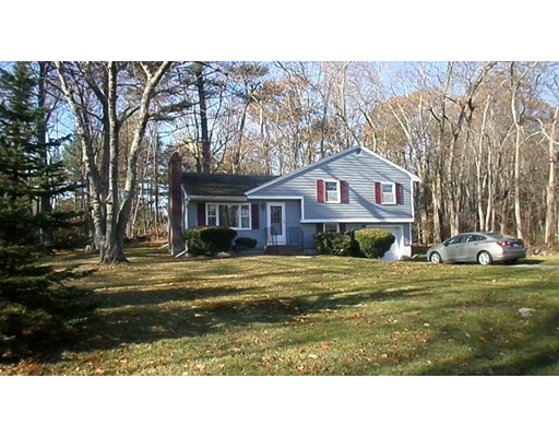Single Family Home for Sale at 1 Summit Drive 1 Summit Drive Atkinson, New Hampshire 03811 United States