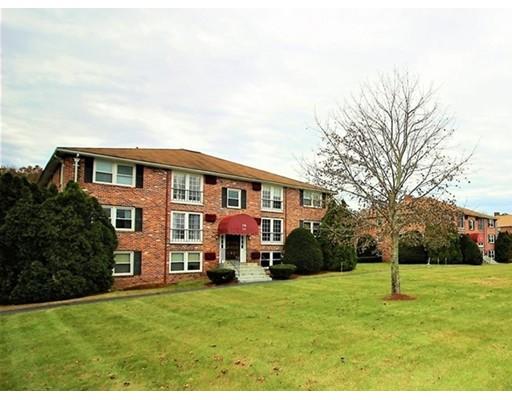 Single Family Home for Rent at 174 Tyngsboro 174 Tyngsboro Chelmsford, Massachusetts 01824 United States