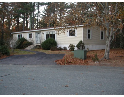 Casa Unifamiliar por un Venta en 11 Torrey Lane 11 Torrey Lane Kingston, Massachusetts 02364 Estados Unidos