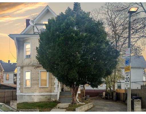 Casa Unifamiliar por un Venta en 8 Peacevale Road 8 Peacevale Road Boston, Massachusetts 02124 Estados Unidos