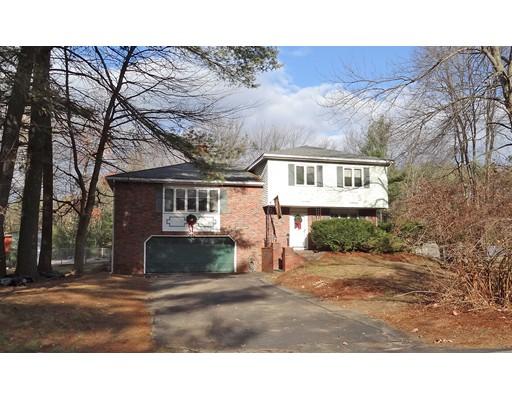 Maison unifamiliale pour l Vente à 2 Sequoia Avenue 2 Sequoia Avenue Londonderry, New Hampshire 03053 États-Unis