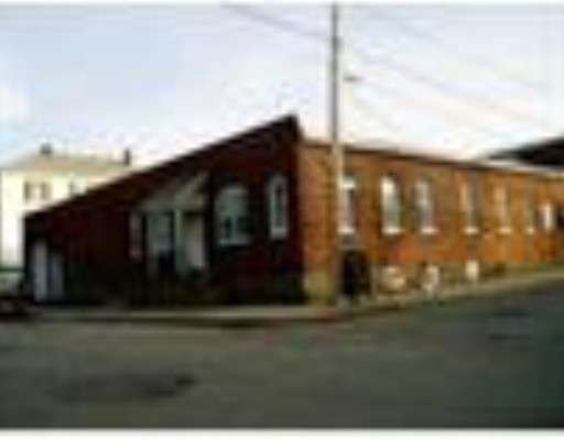 Commercial for Rent at 110 Dwelly 110 Dwelly Fall River, Massachusetts 02721 United States