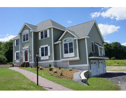 واحد منزل الأسرة للـ Sale في 18 Demitri Circle 18 Demitri Circle Dracut, Massachusetts 01826 United States