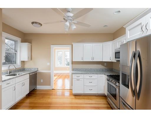 Частный односемейный дом для того Аренда на 165 Granite 165 Granite Quincy, Массачусетс 02169 Соединенные Штаты