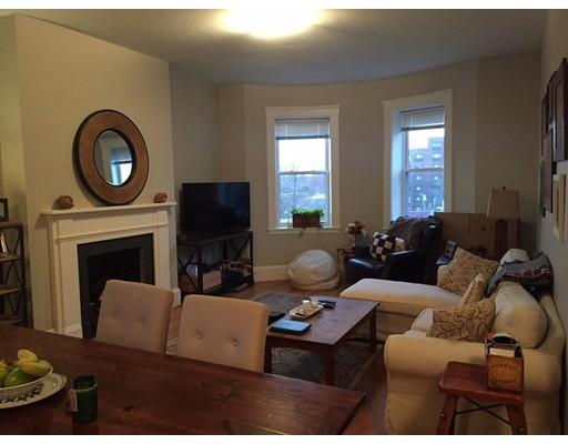 Casa Unifamiliar por un Alquiler en 9 Summit Avenue Brookline, Massachusetts 02446 Estados Unidos
