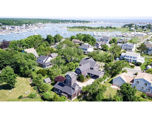 Maison unifamiliale pour l Vente à 28 Bridge Avenue 28 Bridge Avenue Scituate, Massachusetts 02066 États-Unis