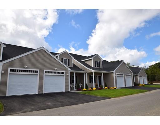 共管式独立产权公寓 为 销售 在 604 Meadow Lane #604 604 Meadow Lane #604 伦道夫, 马萨诸塞州 02368 美国