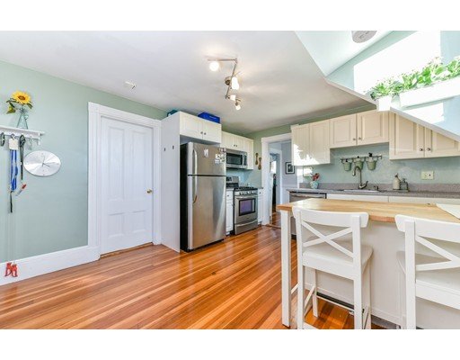 Condominio por un Venta en 6 Pinedale Road 6 Pinedale Road Boston, Massachusetts 02131 Estados Unidos