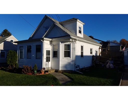Single Family Home for Sale at 34 Doane Street 34 Doane Street Cranston, Rhode Island 02910 United States