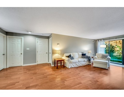Additional photo for property listing at 6 Marc Drive  Plymouth, Massachusetts 02360 Estados Unidos