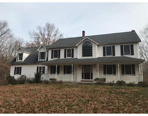 Maison unifamiliale pour l Vente à 55 North Street 55 North Street Dighton, Massachusetts 02764 États-Unis