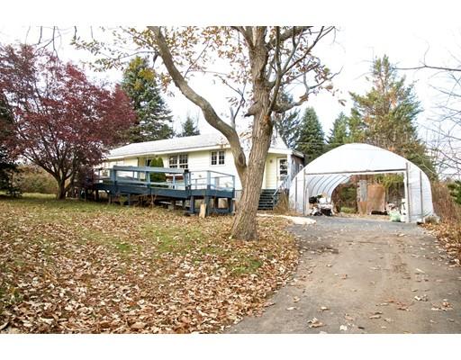 Частный односемейный дом для того Продажа на 20 Creeper Hill Road 20 Creeper Hill Road Grafton, Массачусетс 01536 Соединенные Штаты