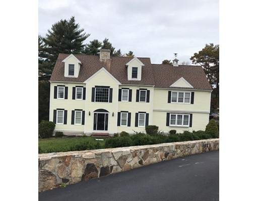 Single Family Home for Sale at 45 Fox Hill Circle 45 Fox Hill Circle Marshfield, Massachusetts 02050 United States