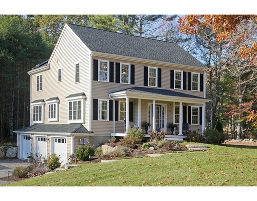 Casa Unifamiliar por un Venta en 174 Indian Pond Road 174 Indian Pond Road Kingston, Massachusetts 02364 Estados Unidos