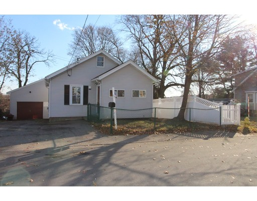 Single Family Home for Sale at 57 Pleasant View Avenue 57 Pleasant View Avenue Braintree, Massachusetts 02184 United States