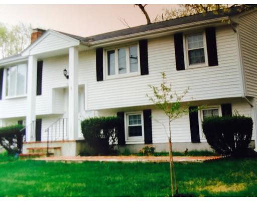 独户住宅 为 销售 在 58 Highland Glen Drive 58 Highland Glen Drive 伦道夫, 马萨诸塞州 02368 美国