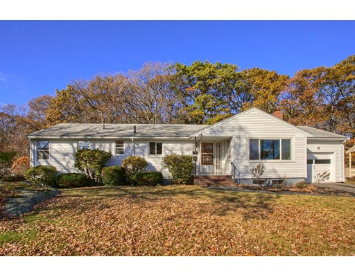 Single Family Home for Sale at 34 Oak Ridge Road 34 Oak Ridge Road Lynn, Massachusetts 01904 United States