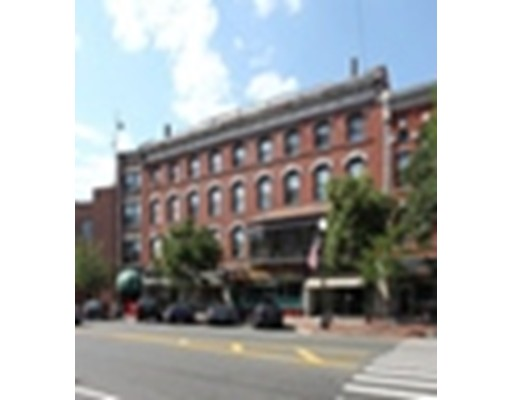 Comercial por un Alquiler en 278 Main Street 278 Main Street Greenfield, Massachusetts 01301 Estados Unidos