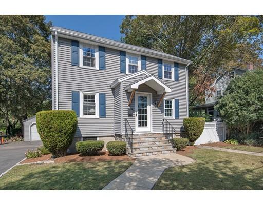 Casa Unifamiliar por un Alquiler en 77 Brookside 77 Brookside Winchester, Massachusetts 01890 Estados Unidos