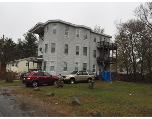 Casa Multifamiliar por un Venta en 11 Monarch Street Brockton, Massachusetts 02301 Estados Unidos
