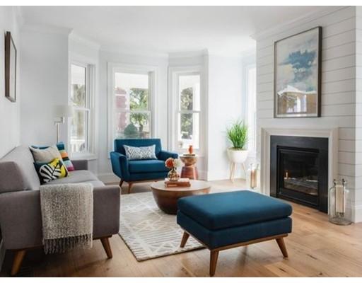 Casa Unifamiliar por un Alquiler en 37 Day Street 37 Day Street Somerville, Massachusetts 02144 Estados Unidos
