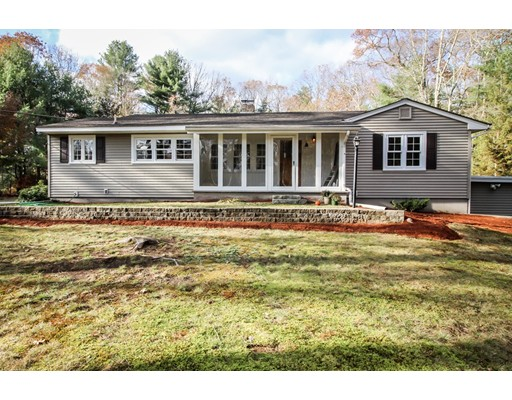 Single Family Home for Sale at 1143 Victory Highway 1143 Victory Highway North Smithfield, Rhode Island 02896 United States