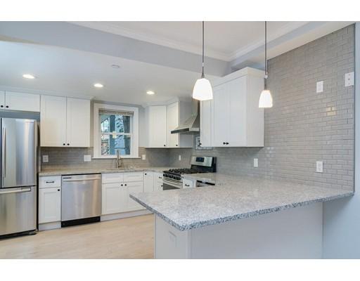 独户住宅 为 出租 在 30 Rawson Street 波士顿, 马萨诸塞州 02125 美国