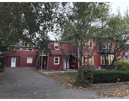 Casa Multifamiliar por un Venta en 99 Day Street 99 Day Street Norwood, Massachusetts 02062 Estados Unidos