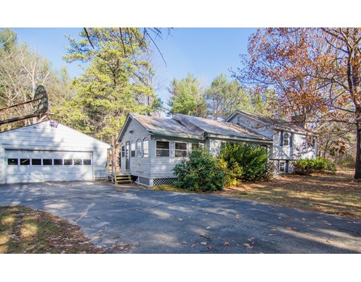 Single Family Home for Sale at 22 Aglipay Drive Amherst, New Hampshire 03031 United States