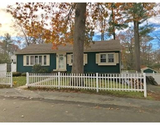 واحد منزل الأسرة للـ Sale في 21 Windward Ter 21 Windward Ter Salem, New Hampshire 03079 United States