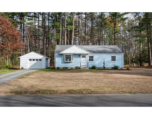 Single Family Home for Sale at 88 Millbrook Drive 88 Millbrook Drive East Longmeadow, Massachusetts 01028 United States