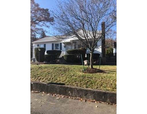 Частный односемейный дом для того Продажа на 93 Etna Road 93 Etna Road Dedham, Массачусетс 02026 Соединенные Штаты