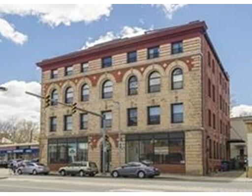 Condominium for Rent at 244 Brighton Ave #204 244 Brighton Ave #204 Boston, Massachusetts 02134 United States
