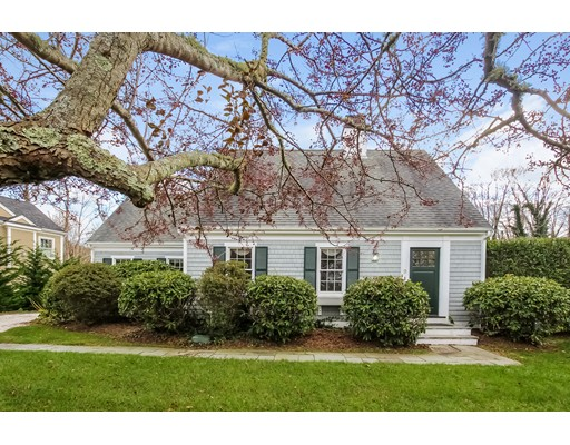 Single Family Home for Sale at 9 Hawks Way Falmouth, 02574 United States